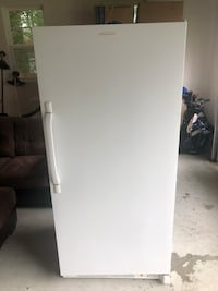 Stand up freezer full size  Newport News, 23601