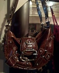 Guess purse  Nanaimo, V9R 6H3