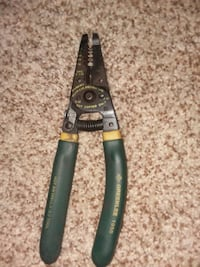 Wire pliers (strippers)