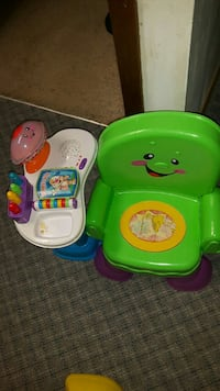green and yellow Fisher-Price potty trainer Winnipeg, R3G