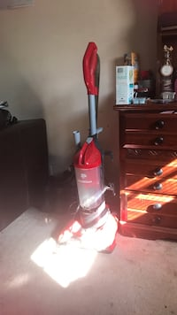 white and red upright vacuum cleaner Columbus, 31907