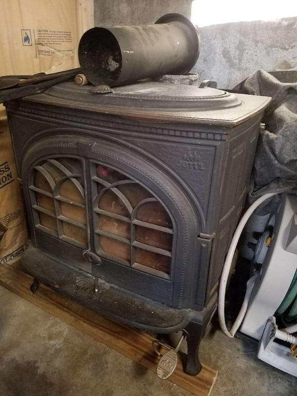 Wood Stoves For Sale >> Used Jotul F600 Wood Stove For Sale In Greenfield Letgo