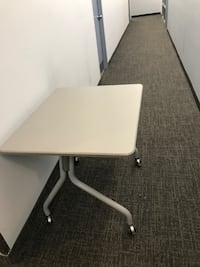 Desk on Wheel, Good Condition, call us now! Mississauga