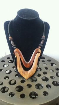 Selling - Wood Necklace Toronto, M9N 3R7
