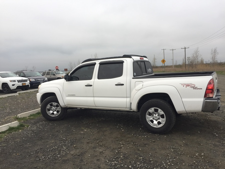 letgo 2007 toyota tacoma trd o in south farmingdale ny. Black Bedroom Furniture Sets. Home Design Ideas