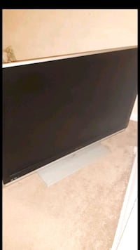 32 inch flat screen for sale $100 obo  Indianapolis, 46229
