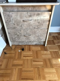Set of 2 night stands  Vaughan, L4H 1X1