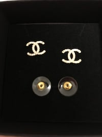 Chanel earings Mississauga, L5S 1R7