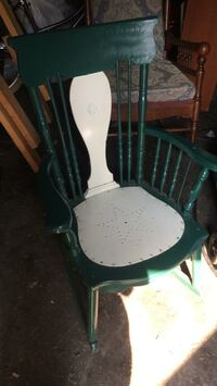 Green and white rocking chair  Kingston, K7M 2Y7