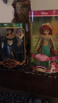 two Barbie dolls in boxes Port Richey, 34668