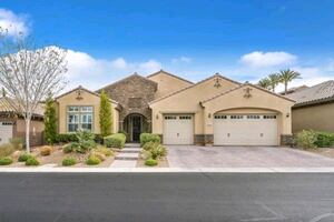 4 BED 3 BATH 3 CAR 3,288 SF $775,000 ANTHEM, NV