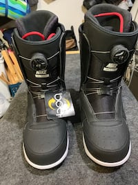 New Nike Zoom Force 1 X Boa snowboard boots - Men's 9.5 San Diego, 92117