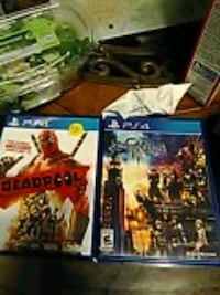 PS4 Good Condition Deadpool and Kingdom Hearts 3