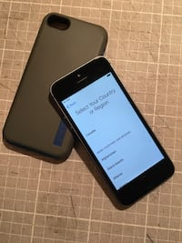 iPhone 5S 16 GB Space Grey Mint Telus Sherwood Park, T8A