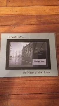 family the heart of the home picture frame Edmonton, T5G