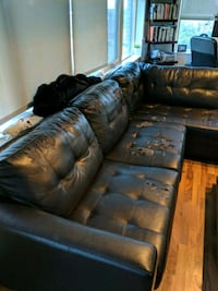 Sectional Couch MUST Go Toronto, M5A 2C5