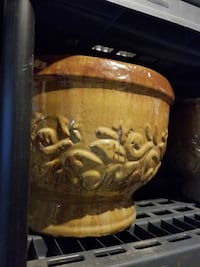 Sturdy, decorative plant pots! Price reduced! Ellicott City