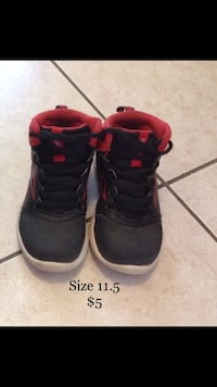 Boys Basketball Shoes size 11.5 in kids Mississauga, L5W