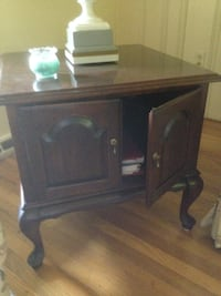 Statton Queen Anne style end table LANGHORNE