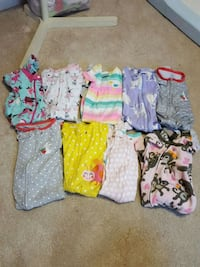 9 - baby Girls 12 Month Sleepers All Zip Vienna, 22180