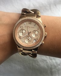 Michael Kors rose gold watch  Langley, V1M 3T3