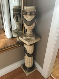 Ceramic pillar and vase