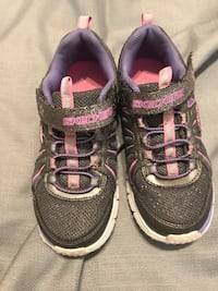 Pink and gray Skechers for girls Round Rock, 78665