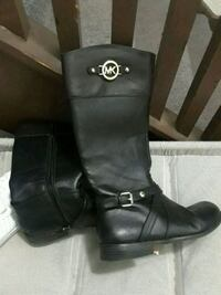 Size 4 Black Michael Kors Emma riding boots Saint Paul, 55106