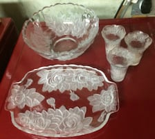 Winter Rose Serving Dishes Set For Sale