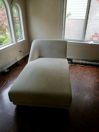 Chaise / day bed  Vancouver, V5R 4P8