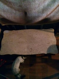 Marble table top. Table is free Kansas City, 64125