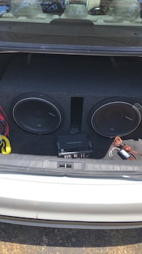 12 inch subwoofers and Amp 400 watts