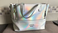 women's white leather tote bag Central Okanagan, V4T 3L6
