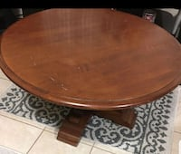 round brown wooden coffee table Surrey, V3X 1X3