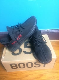 pair of black Adidas Yeezy Boost 350 V2 with box Washington, 20020
