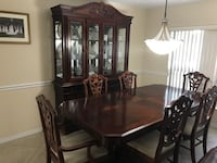 Rectangular brown wooden table with six chairs dining set New Port Richey, 34655