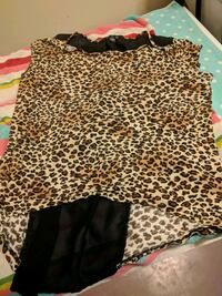 black and brown leopard print long-sleeved shirt Saint Catharines