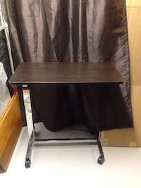 Mobile overbed adjustable table Mississauga, L5J 1V8