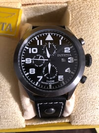 round black chronograph watch with black strap Fort Walton Beach, 32547
