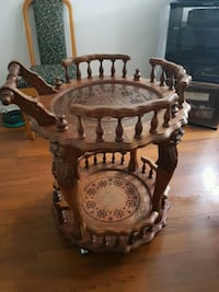 Beautiful Antique Italian hand carved Bar trolley. Victoria, V9A 2A9