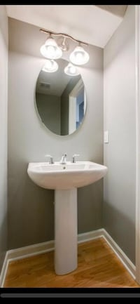 Pedestal sink with faucet and drain pipes Maple Grove, 55369