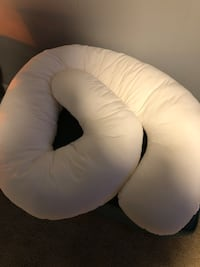 white and black moon chair Urbandale, 50322