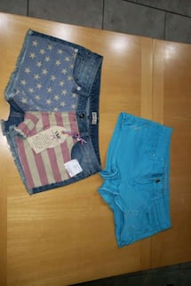 New shorts with tag size 11
