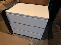 WHITE DRESSER - GREAT CONDITION - DELIVERY AVAILABLE (SMALL FEE)???????? Markham, L3R 9W3