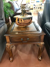 Brand new end table  Portland, 97230