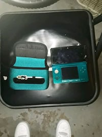 Blue Nintendo 3DS, case, charger, and stylus East York, 17402