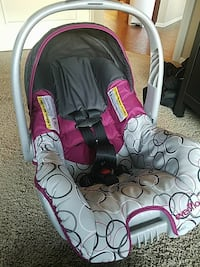 Infant car seat  Brighton, 80601