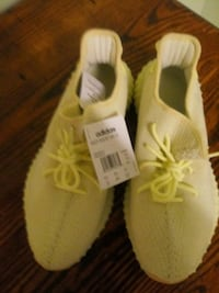 pair of white Adidas Yeezy Boost 350 Lincoln, 68521