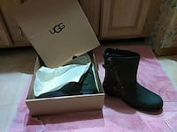 Green uggs heck of a deal