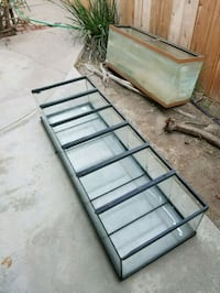 Long glass tank for pets. NOT THE FISH TANK BEHIND San Diego, 92173